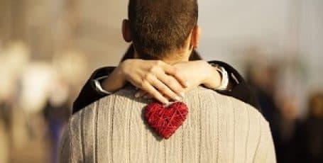 Точное онлайн гадание на рунах на отношения с мужчиной и его чувства